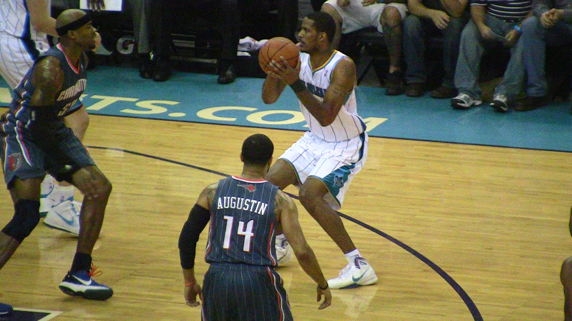 Trevor Ariza continues to be the Hornets' most well-rounded player.