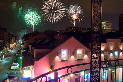 gty_new_orleans_fireworks_thg_120628_wblog[1]
