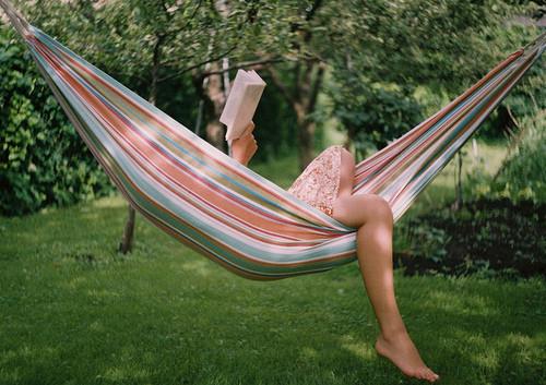 reading-book-in-hammock1[1]