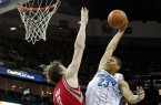 10-29-2012-anthony-davis-dunk-4_3